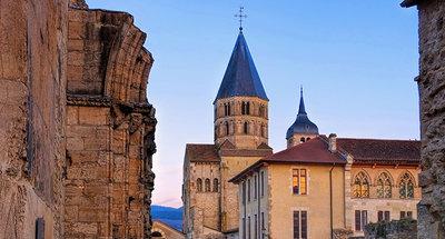 Romaans kerk in Tournus