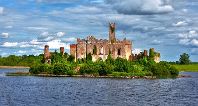 Kasteel van Lough Key langs Lough Key