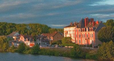 Huizen met panorama over het kanaal