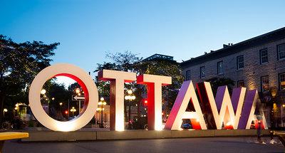 Iconisch Ottawa-bord in het centrum van de stad