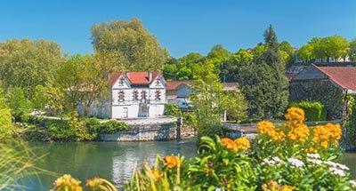 De rivier Charente bij Cognac