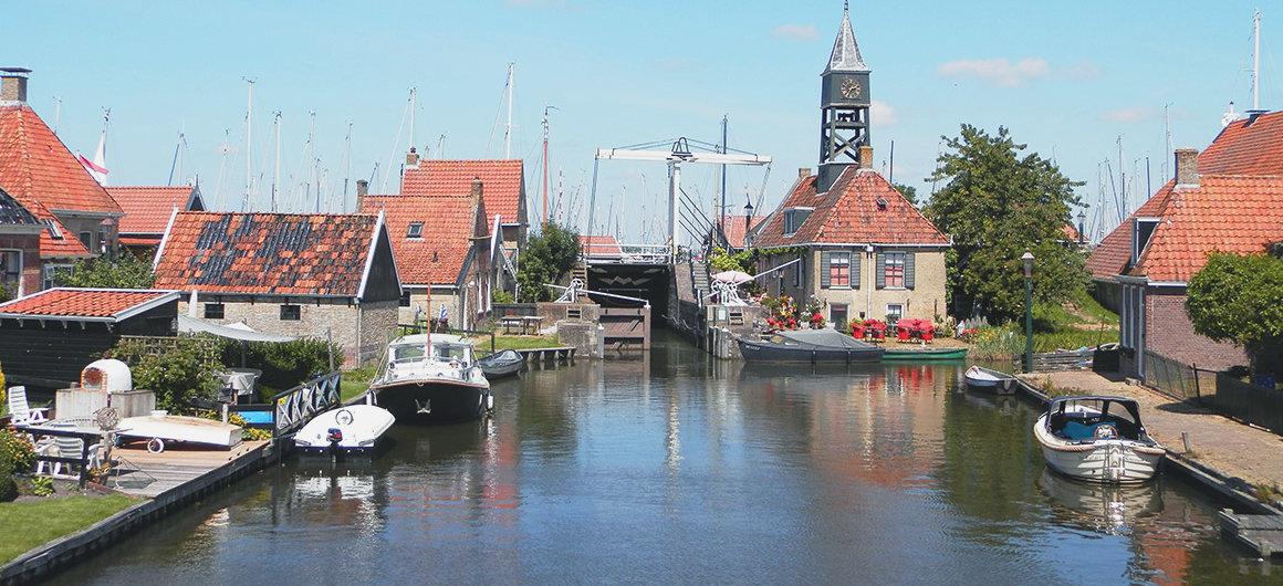 Sluis in Hindeloopen, Nederland